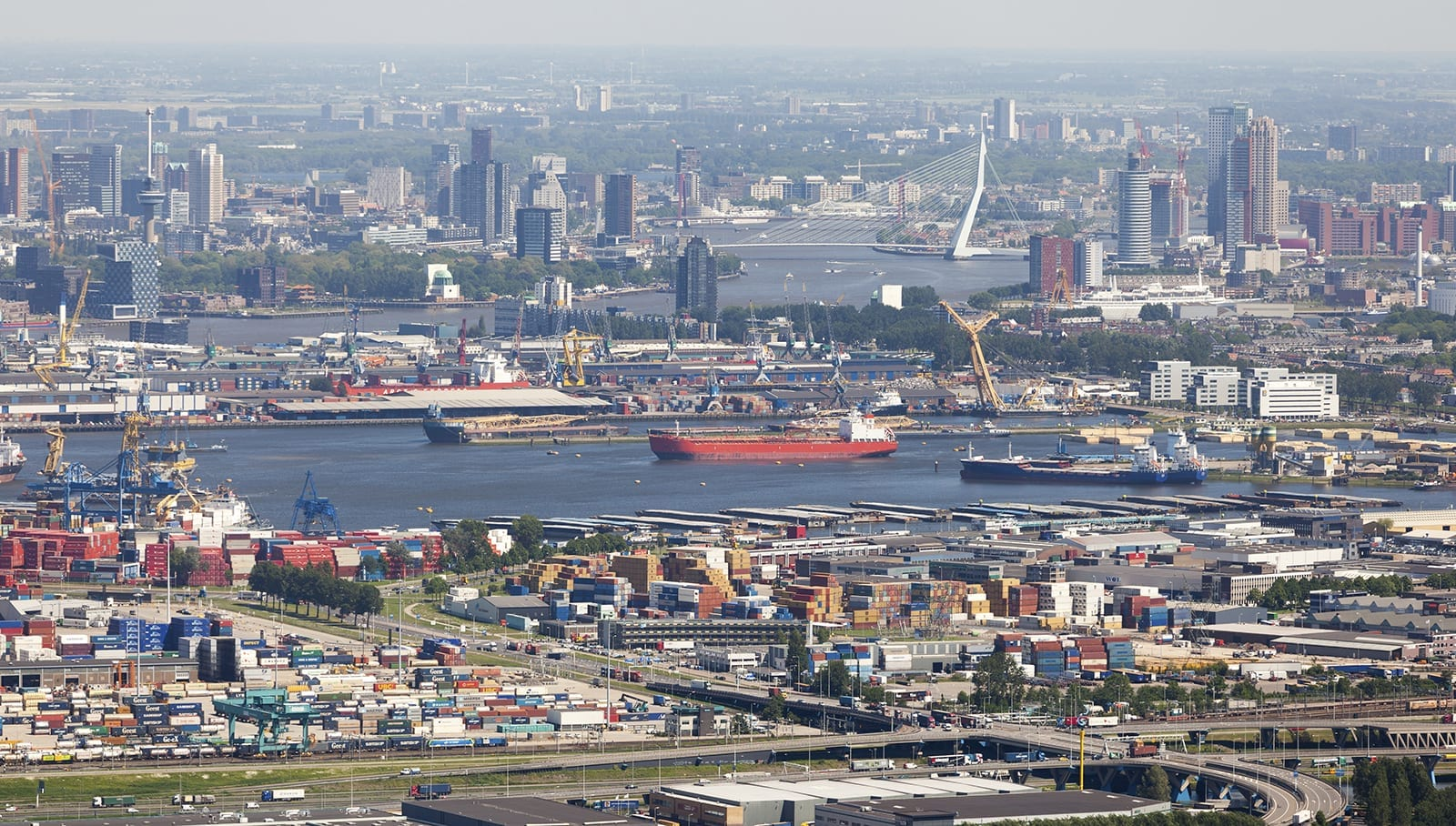 Economic stability - port of rotterdam